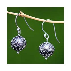 Sterling Silver 'Exotic Globe' Dangle Earrings (Indonesia)