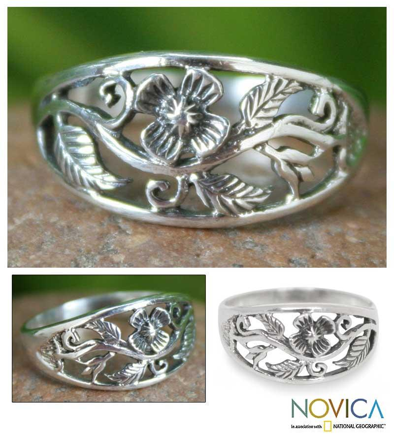 Sterling Silver 'Spring Daisy' Flower Ring (Thailand)