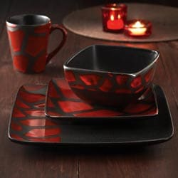 American Atelier Safari Red Giraffe 16-piece Dinnerware Set