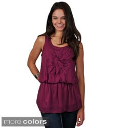 Journee Collection Juniors Floral Accent Sleeveless Chiffon Top