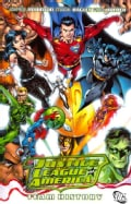 Justice League of America: Team History (Paperback)