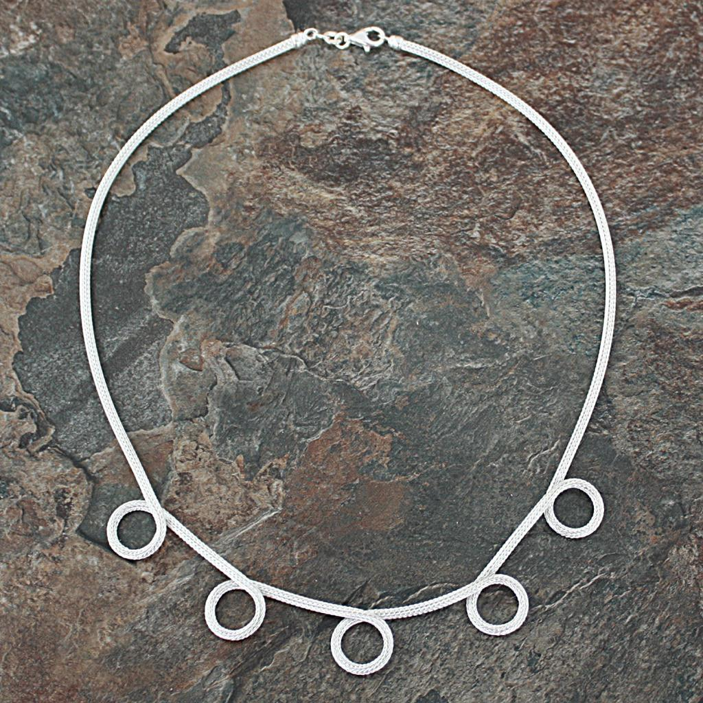 Sterling Silver 5-loop Mesh Necklace (Italy)