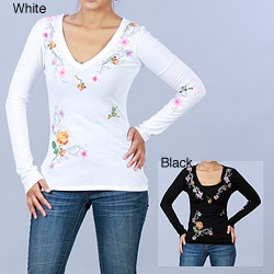 Antoinette C Women's Embroidered Cotton V-Neck Long-Sleeve Top