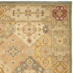 Safavieh Handmade Antiquities Bakhtieri Multi/ Beige Wool Rug (5' x 8')