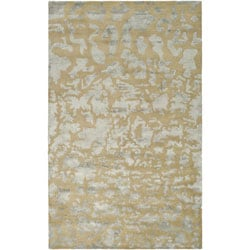 Safavieh Handmade Soho Taupe/ Light Blue Grey New Zealand Wool Rug (5' x 8')