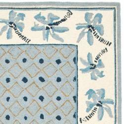 Safavieh Hand-hooked Chelsea Resorts Blue Wool Runner (2'6 x 8')