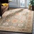 Handmade Mahal Sage/ Ivory Wool Rug (9' x 12')