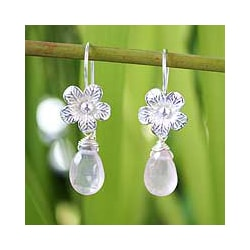 Sterling Silver 'Rose Bloom' Rose Quartz Flower Earrings (Thailand)