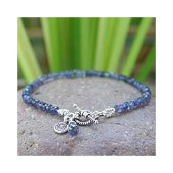 Silver 'Creative Twilight' Iolite Beaded Bracelet (Thailand)