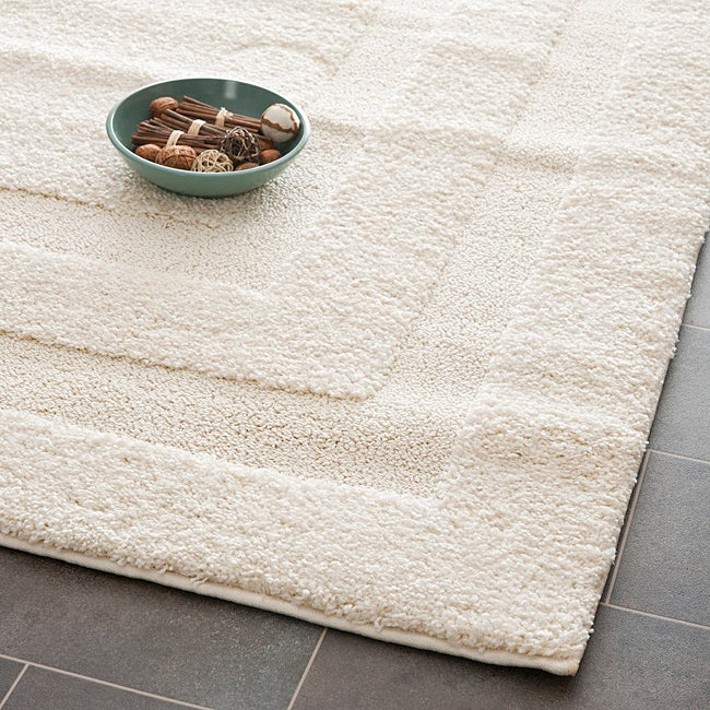 Safavieh Hand-woven Ultimate Cream Shag Rug (5'3 x 7'6)