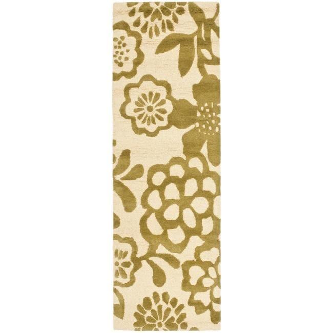 Safavieh Handmade Soho Beige/ Green New Zealand Wool Runner (2'6 x 8')