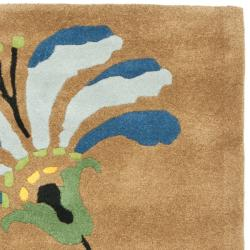 Handmade Soho Brown Floral-Pattern New Zealand Wool Rug (3'6 x 5'6')