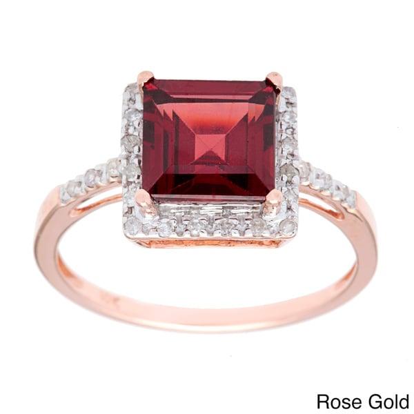 Viducci 10k Gold Garnet and 1/10 TDW Diamond Ring (G-H, I1-I2)