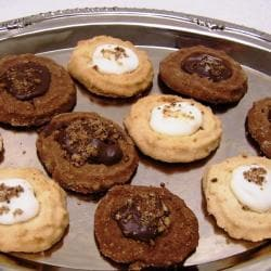 Oma Gisi's Chocolate and Vanilla Spritz Cookies (Box of 24)