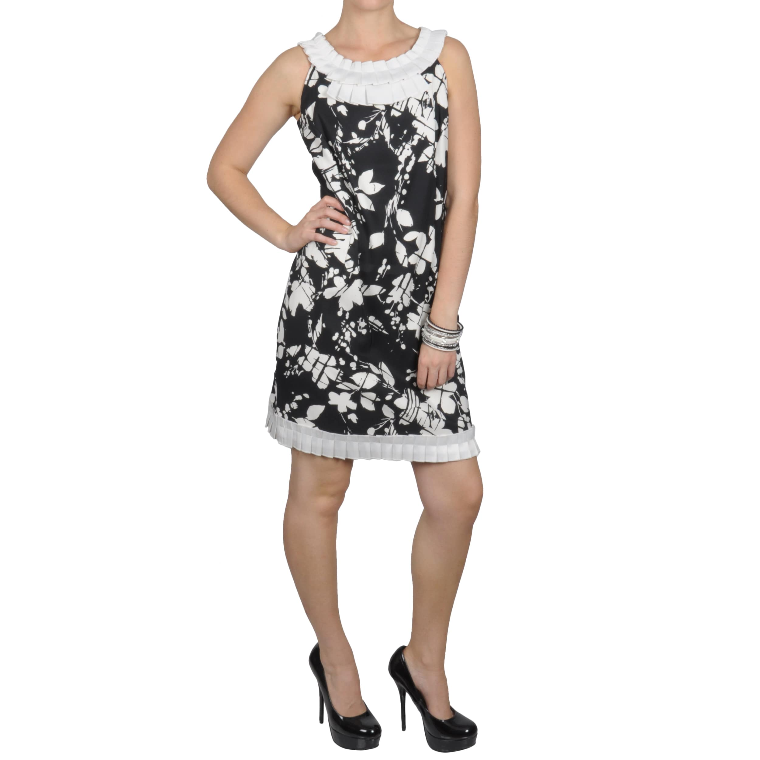 Oliver & James Sangria Women's Pleated Accent Floral Print Sleeveless Dress at Sears.com
