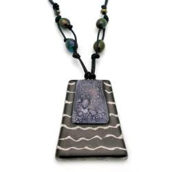 Cotton and Fused Glass Black/ White Wavy Line Trapezoid Necklace (Chile)