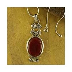 Sterling Silver 'Fiery Cloud' Carnelian Necklace (India)