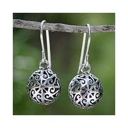 Sterling Silver 'Disco Dancer' Dangle Earrings (Thailand)