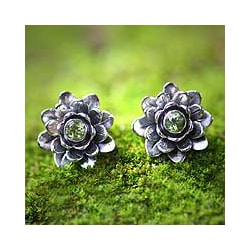 Sterling Silver 'Green-eyed Lotus' Peridot Flower Earrings (Indonesia)