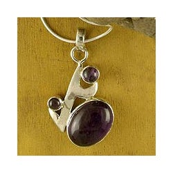 Sterling Silver 'Abstract Admirer' Amethyst Necklace (India)