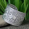 Sterling Silver 'Elephant Greeting' Cuff Bracelet (Thailand)
