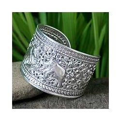Sterling Silver 'Elephant Greeting' Cuff Bracelet (Thailand)