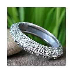 Sterling Silver 'Bliss' Floral Bracelet (Thailand)