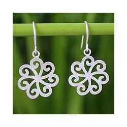 Sterling Silver 'Snow Blossom' Flower Earrings '(Thailand)