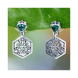 Sterling Silver 'Lotus Joy' Green Quartz Floral Earrings (Indonesia)