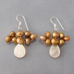 Silver Mother of Pearl/ Gold Pearl Dangle Earrings (4-5 mm) (Thailand)