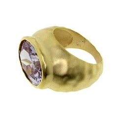 Goldtone Purple Cubic Zirconia Hammered Fashion Ring