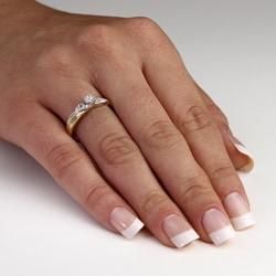 PalmBeach 10k Gold1/10ct TDW Diamond Ring (H-I, I2-I3)