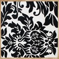 Alliyah Handmade New Zeeland Blend Black and Ivory Wool Rug (6' Square)