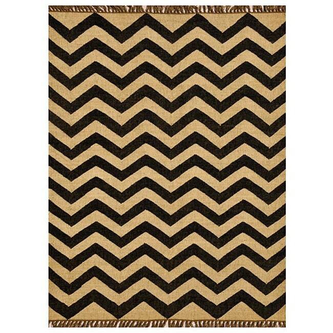 Chevron Hand-woven Kilim Wool Geometric Rug (6' x 9')