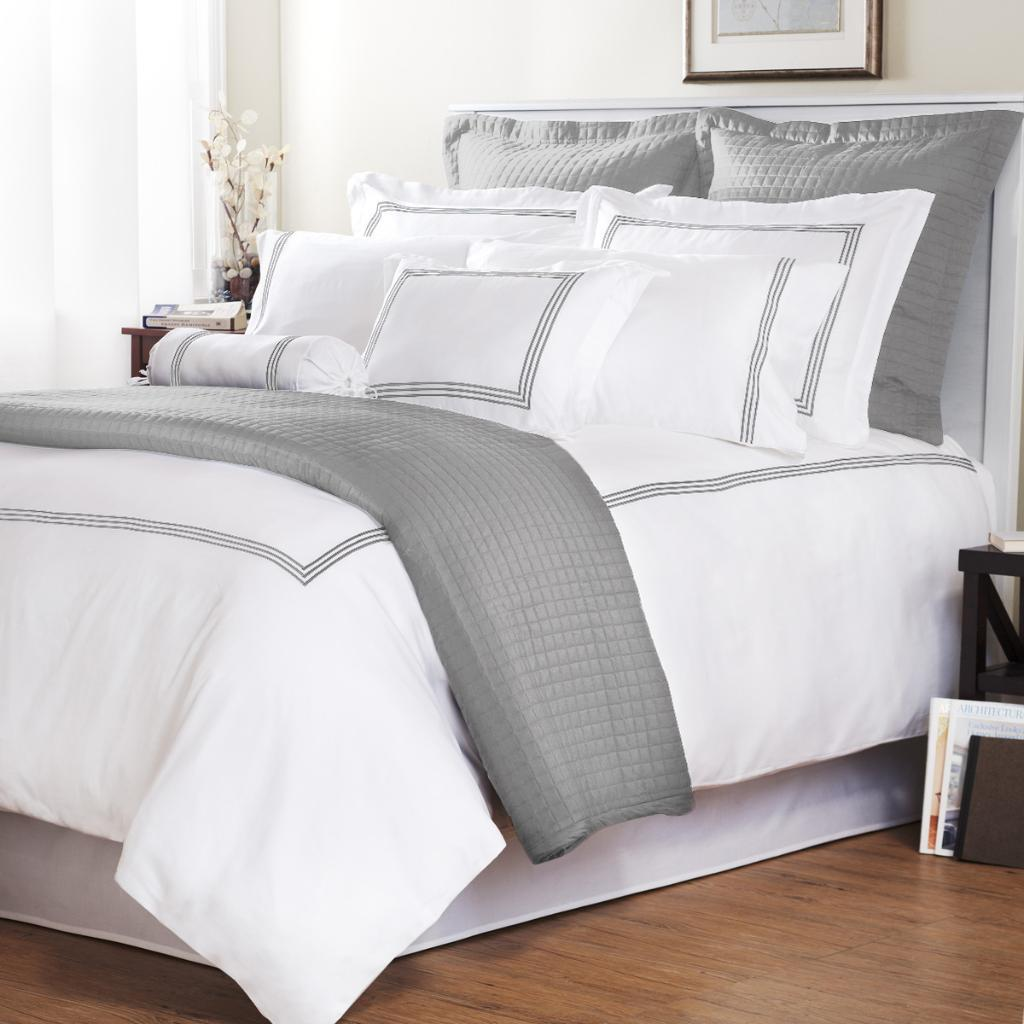 Platinum Stripe Baratto Stitch Full/ Queen-size 3-piece Duvet Cover Set