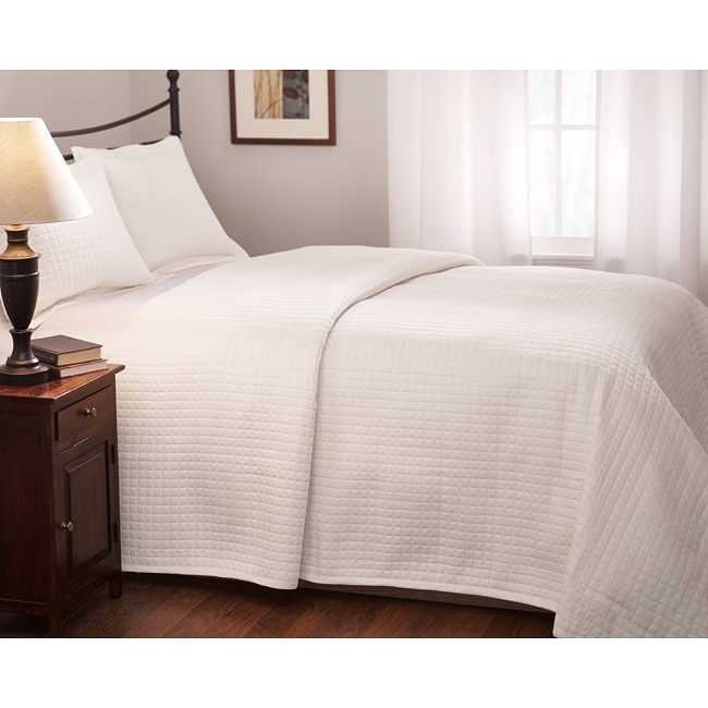 Roxbury Park Quilted Full/ Queen White Coverlet