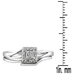 10k White Gold 1/6ct TDW Diamond Bridal Halo Ring Set (I-J, I1-I2)