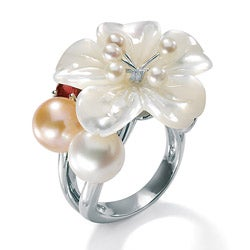 PalmBeach 1.10 TCW Flower-Shaped Genuine Mother-Of-Pearl Cultured Freshwater Pearl Sterling Silver Flower Ring Naturalist