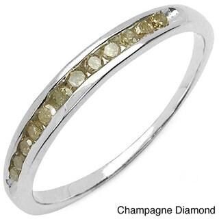 Malaika Sterling Silver 1/5ct TDW Green Diamond Ring