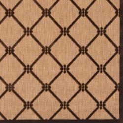 Woven Dorchester Indoor/Outdoor Geometric Rug (5' x 7'6)