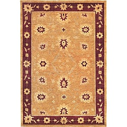 Hand-knotted 'Isabella' Himalayan Sheep Wool and Silk Rug (6' x 9')