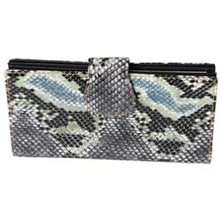 Journee Collection Women's Green Snake-Print Clutch Wallet