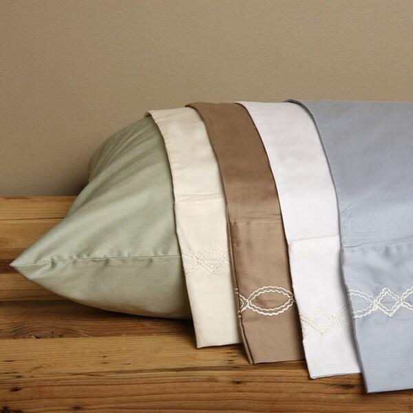 Grand Luxe Egyptian Cotton 300 TC Chain Pillowcases (Set of 2)