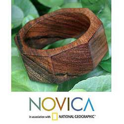 Hand-carved Mango Wood 'Octagon' Bangle Bracelet (Thailand)