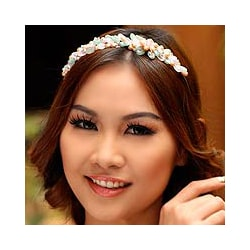 Pearl 'Spring Garland' Flower Headband (5-5.5 mm) (Thailand)