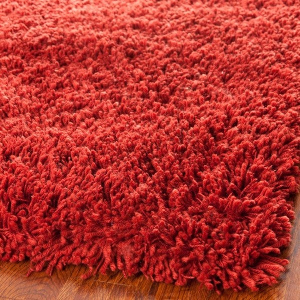 Safavieh Hand-woven Bliss Rusty Red Shag Rug (6' x 9')