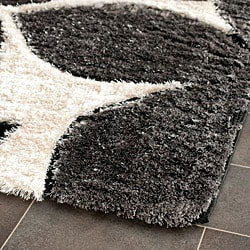 Plush-Pile Handwoven Silken Embossed Cream Shag Rug (4' x 6')