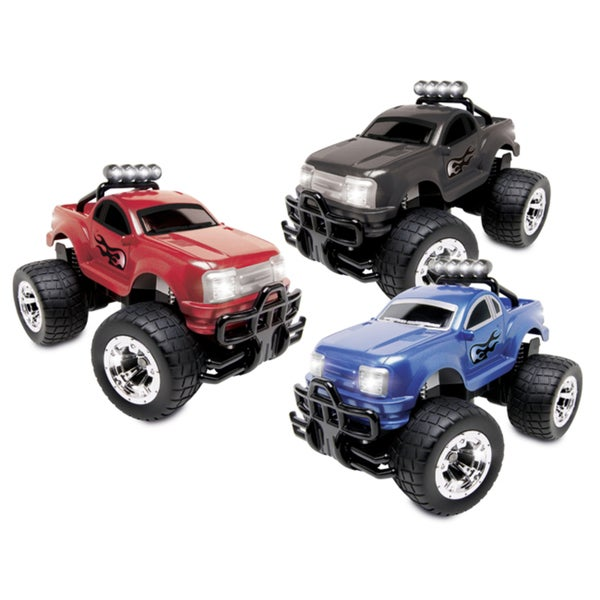 Blue Hat Rally Stomper RC Truck