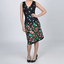 La Cera Women's Black Floral Box Pleat Double V-neck Dress