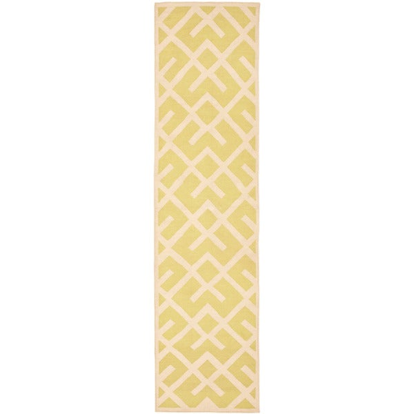 Safavieh Hand-woven Moroccan Reversible Dhurrie Light Green/ Ivory Wool Runner (2'6 x 10')